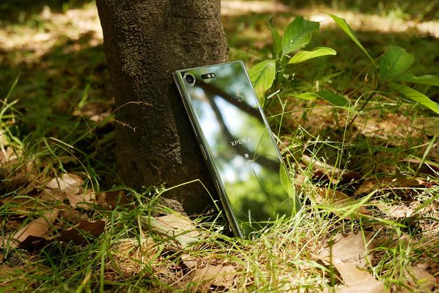プレミアムの名に恥じない輝きを放つ「Xperia XZ Premium (G8142)」外観フォトレビュー!